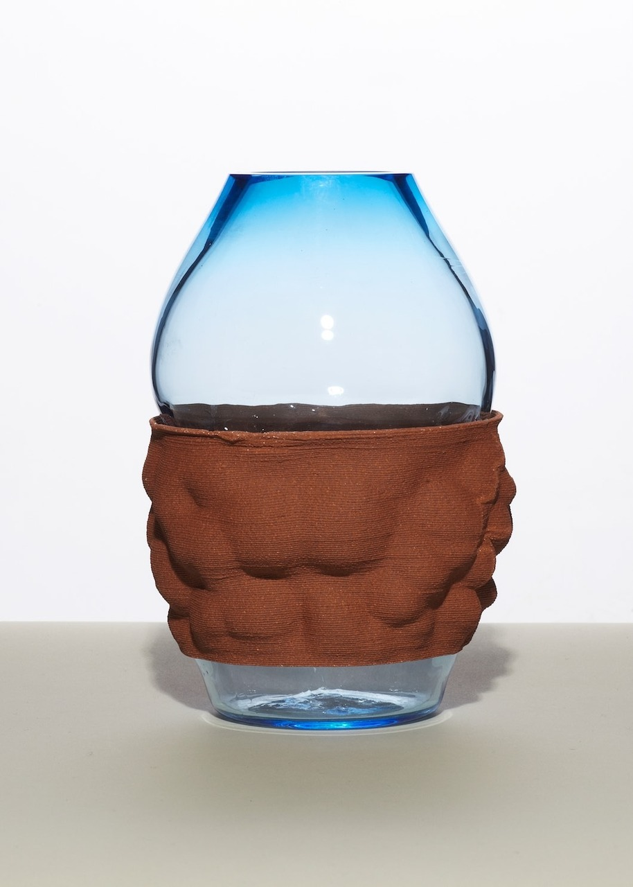 Steel blue glass in-iron oxide clay